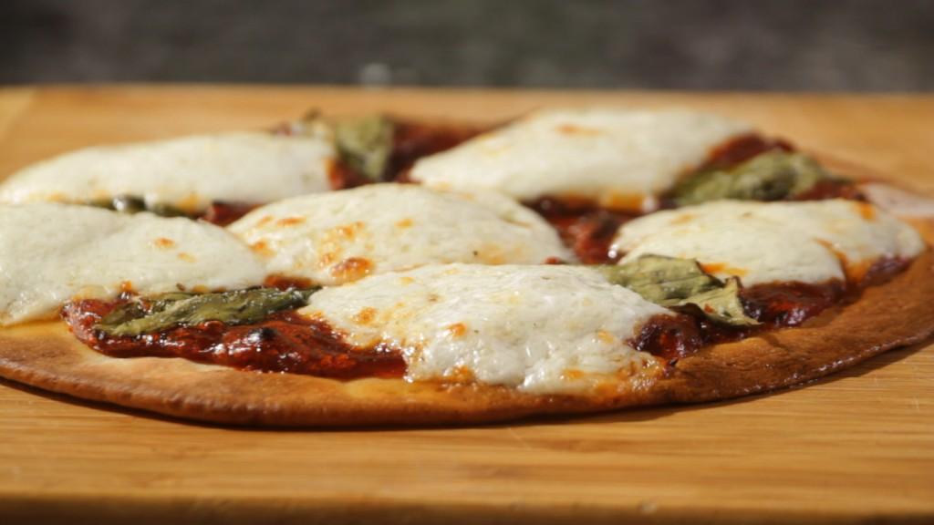 MOZARELLA CHEESE PIZZA