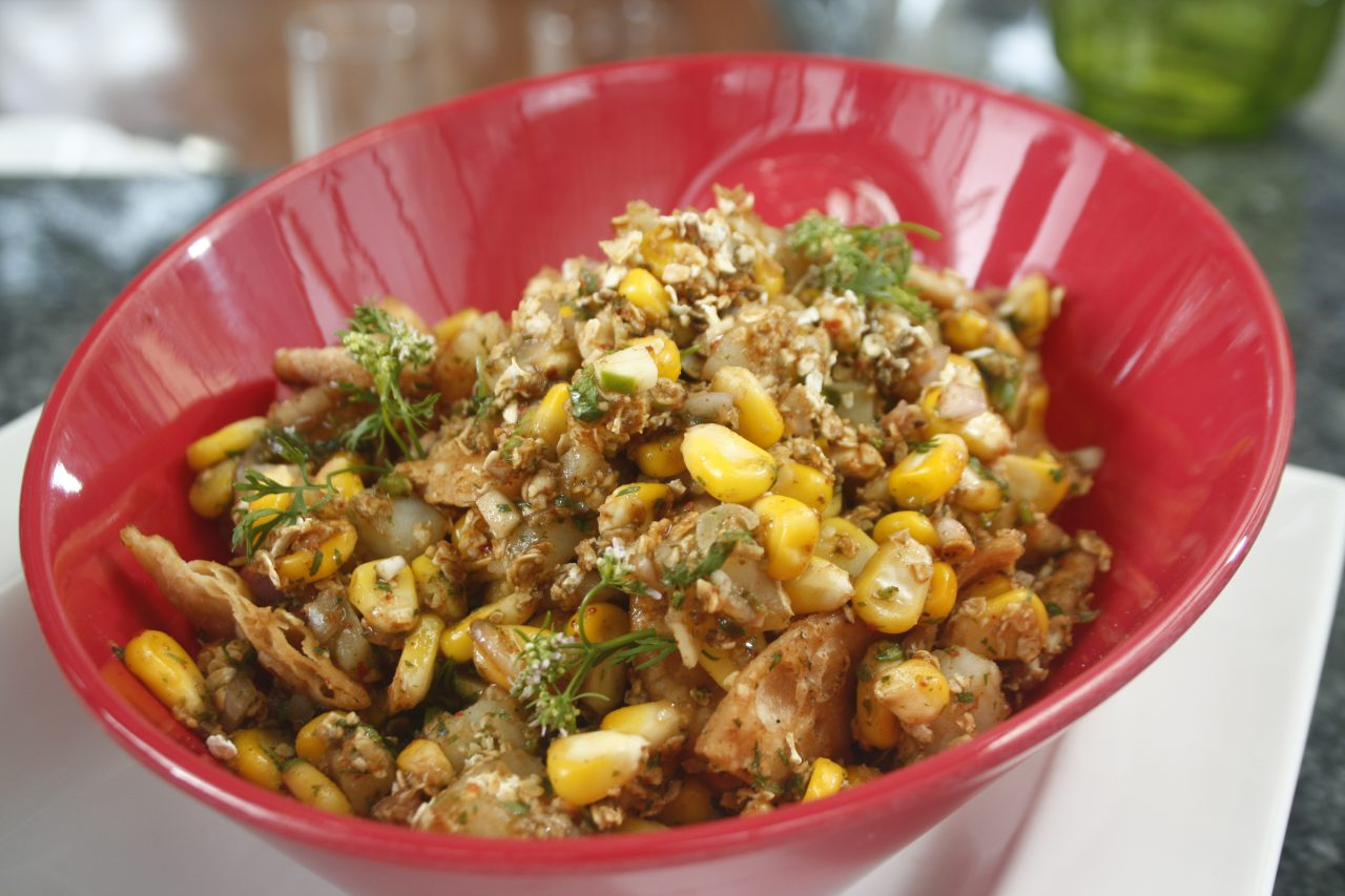 Saffola Masala Oats Veggie Twist Corn Bhel